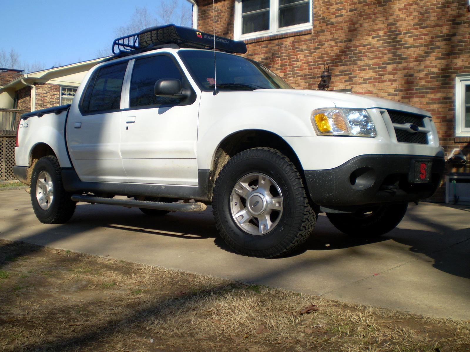 picture of 2004 ford explorer sport trac 4 dr xlt 4wd crew cab sb. Cars Review. Best American Auto & Cars Review