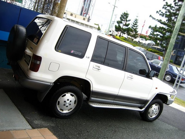 Picture of 1992 Holden Jackaroo, exterior