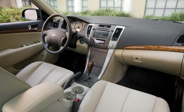 2009 Hyundai Sonata, front seats, interior, manufacturer