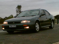 Picture of 1992 Nissan Bluebird, exterior