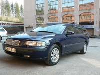 2004 Volvo V70 Picture Gallery
