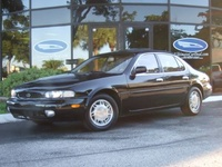1995 Infiniti J30 4 Dr STD Sedan picture