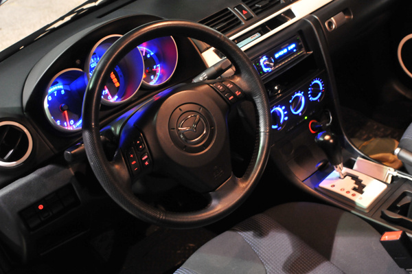 2005 mazda mazda3 interior pictures cargurus. Black Bedroom Furniture Sets. Home Design Ideas