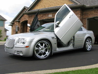 2008 Chrysler 300C SRT-8 picture, exterior