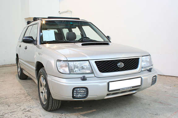 2000 Subaru Forester picture