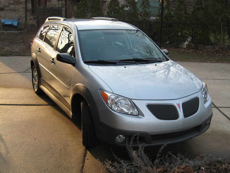 2005 Pontiac Vibe Base picture