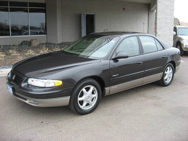 Picture of 2001 Buick Regal GS Sedan FWD