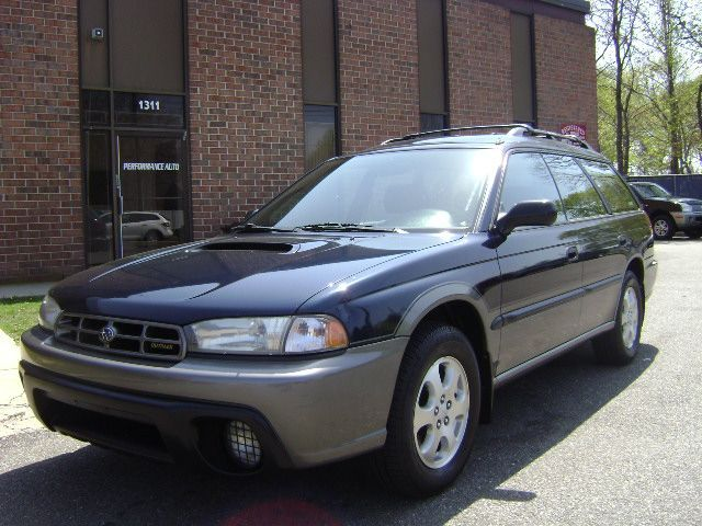 2000 subaru outback overview cargurus. Black Bedroom Furniture Sets. Home Design Ideas