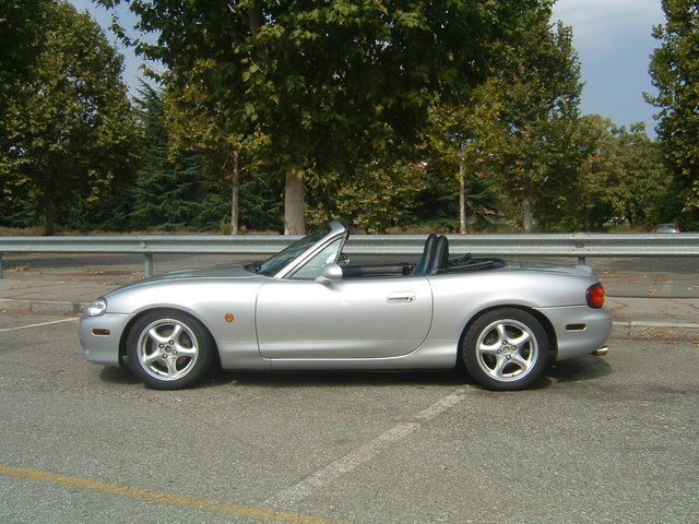 2001 mazda mx 5 miata pictures cargurus. Black Bedroom Furniture Sets. Home Design Ideas