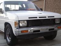 1990 Nissan Pickup 2 Dr V6 Standard Cab LB picture, exterior