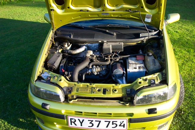 Picture of 1994 Fiat Punto, engine