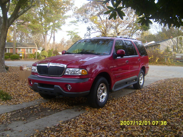 Picture of 1999 Lincoln Navigator
