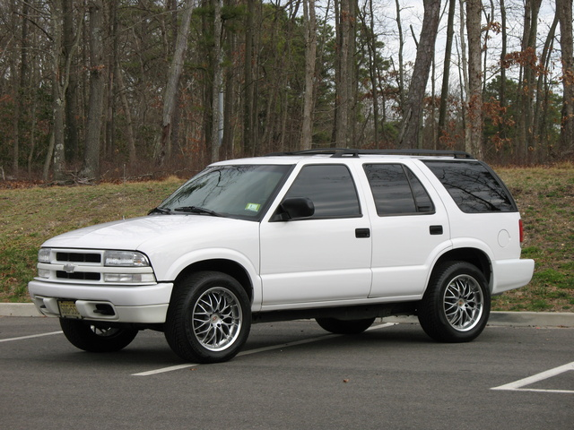 Picture of 2003 Chevrolet Blazer LS 4-Door 4WD, exterior, gallery_worthy
