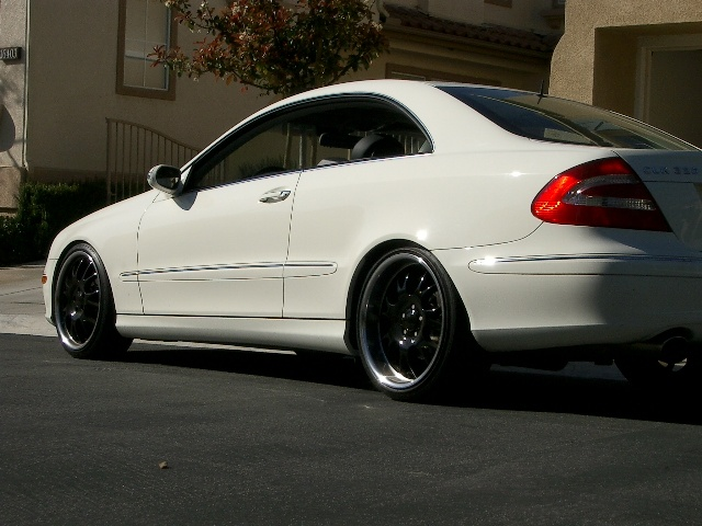 2004 mercedes benz clk class pictures cargurus. Black Bedroom Furniture Sets. Home Design Ideas