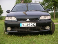 1992 Renault Safrane Overview