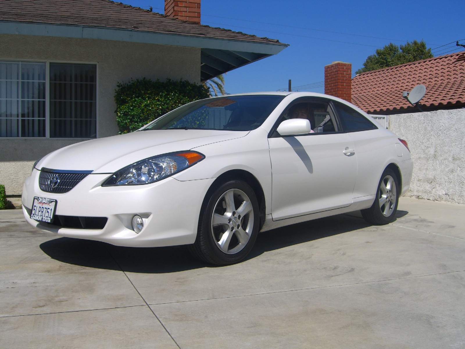 Picture of 2005 Toyota Camry Solara SLE V6