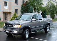 2002 Toyota Tundra Overview