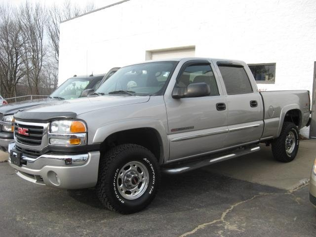 Picture of 2004 GMC Sierra 2500HD 4 Dr SLE 4WD Crew Cab SB HD