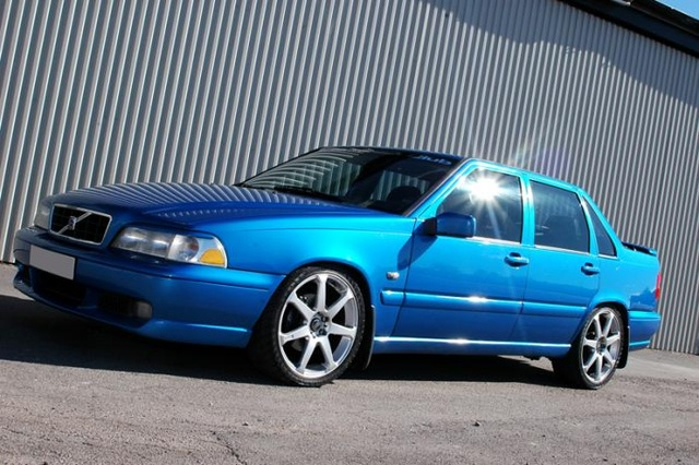 Picture of 2000 Volvo S70 GLT Turbo
