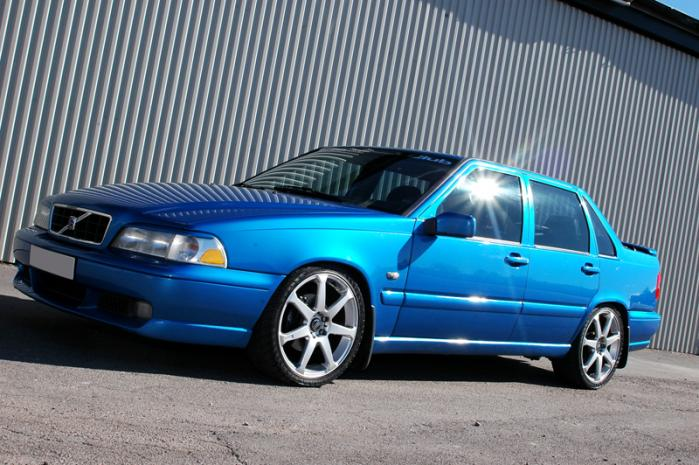 Picture of 2000 Volvo S70 4 Dr GLT Turbo Sedan, exterior