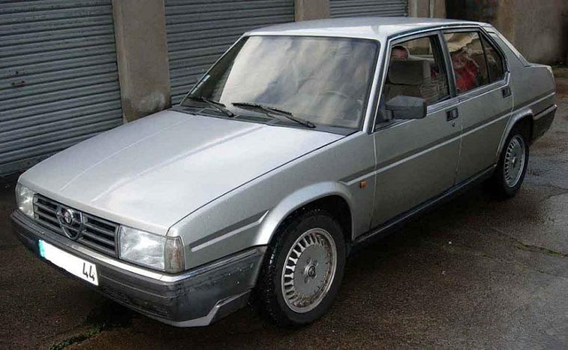 Picture of 1985 Alfa Romeo 90