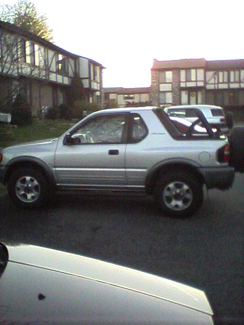 Isuzu Amigo 1991. 1998 Isuzu Amigo 2 Dr S V6 4WD