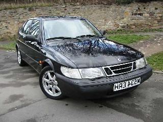 Picture of 1994 Saab 900