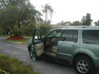 2005 Lincoln Aviator 4 Dr STD SUV picture, exterior