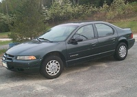 2000 Dodge Stratus Overview