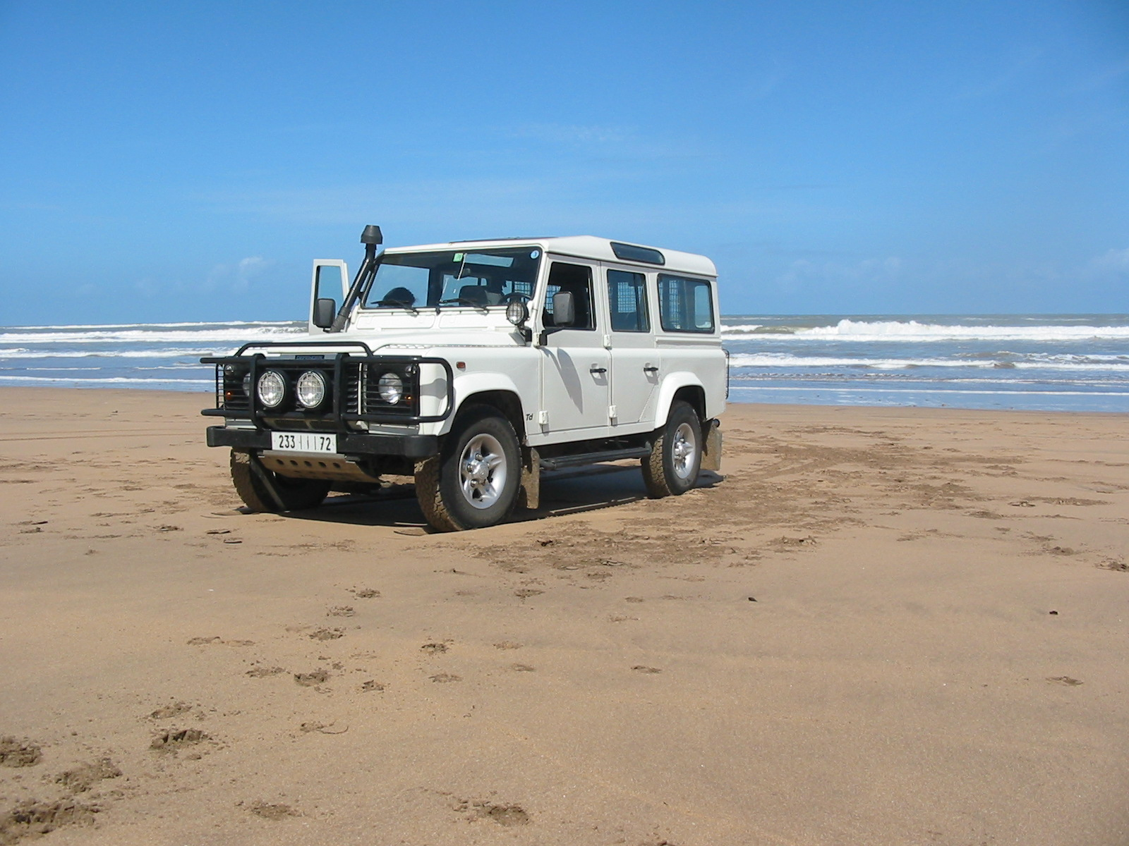 2003 Land Rover Defender picture