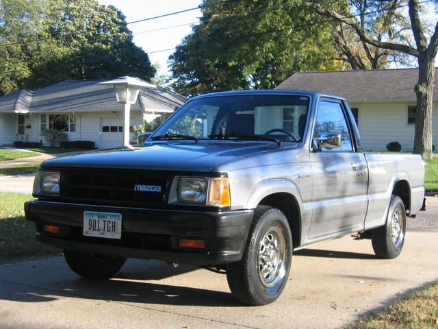 Picture of 1992 Mazda B-Series Pickup 2 Dr B2200 Standard Cab SB, exterior, gallery_worthy