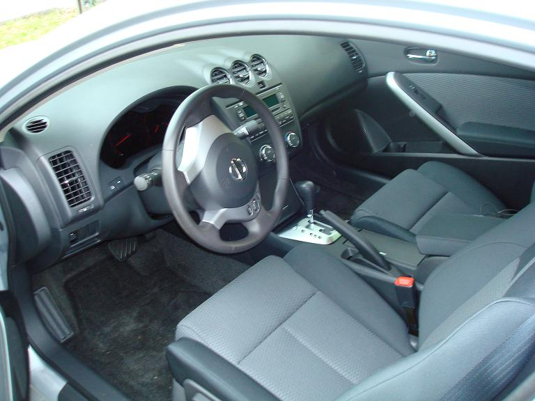 katieyunholmes 2008 nissan altima coupe interior. Black Bedroom Furniture Sets. Home Design Ideas