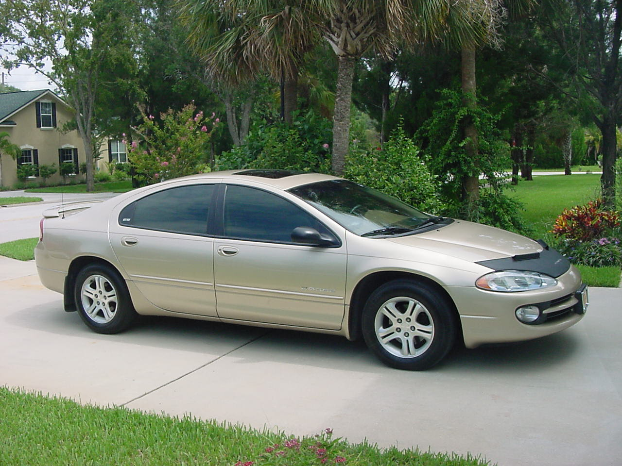 2000 Dodge Intrepid ES picture