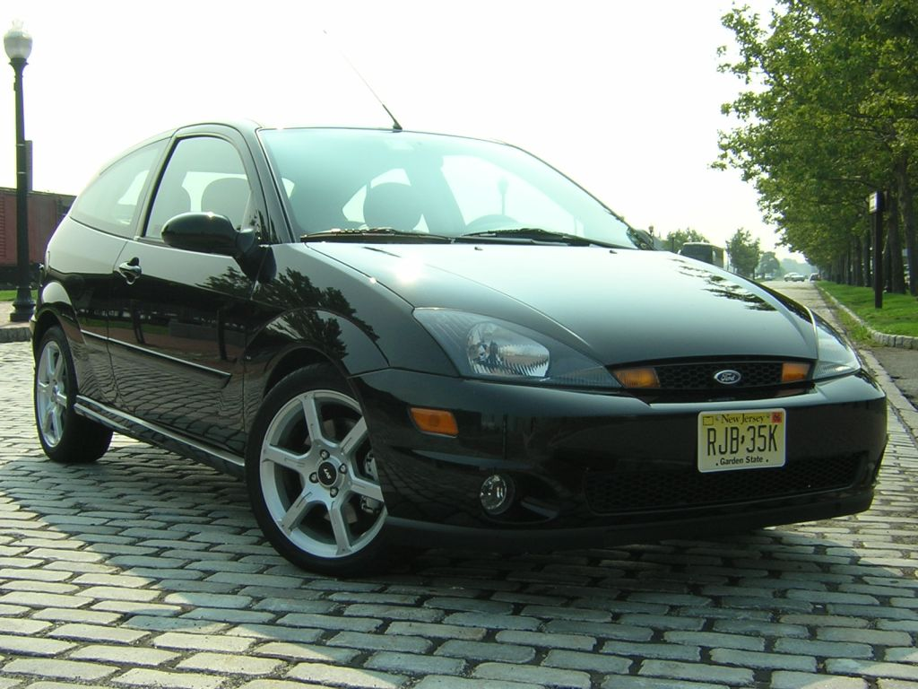 2004 ford focus svt specifications cargurus. Black Bedroom Furniture Sets. Home Design Ideas