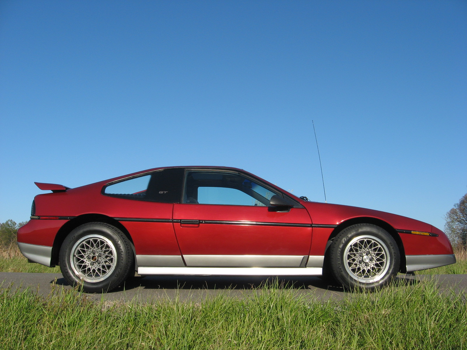 1988 Pontiac Fiero Overview Cargurus