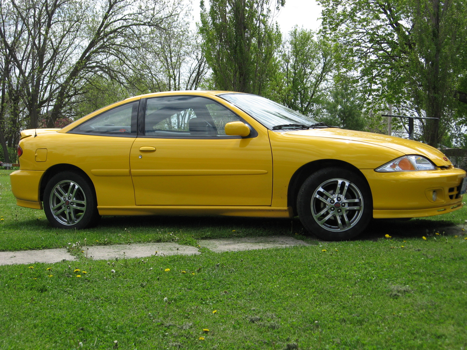 2002 chevrolet cavalier ls sport coupe picture exterior. Cars Review. Best American Auto & Cars Review