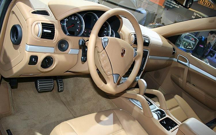 2008 Porsche Cayenne Interior