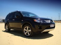 Picture of 2008 Mitsubishi Outlander LS 4WD, exterior