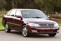 2004 Toyota Avalon Overview