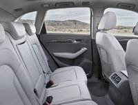 2009 Audi Q5, back seats, interior, manufacturer
