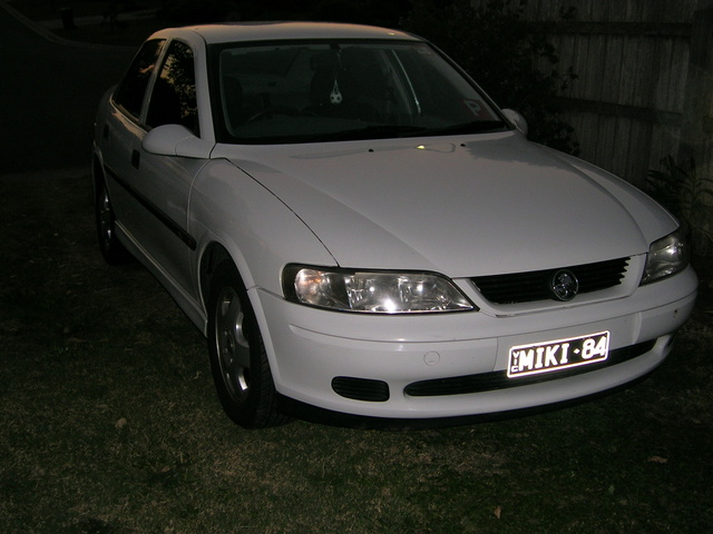 Picture of 2001 Holden Vectra