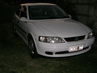 2001 Holden Vectra Overview