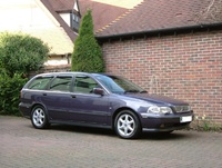 Picture of 2000 Volvo V40, exterior