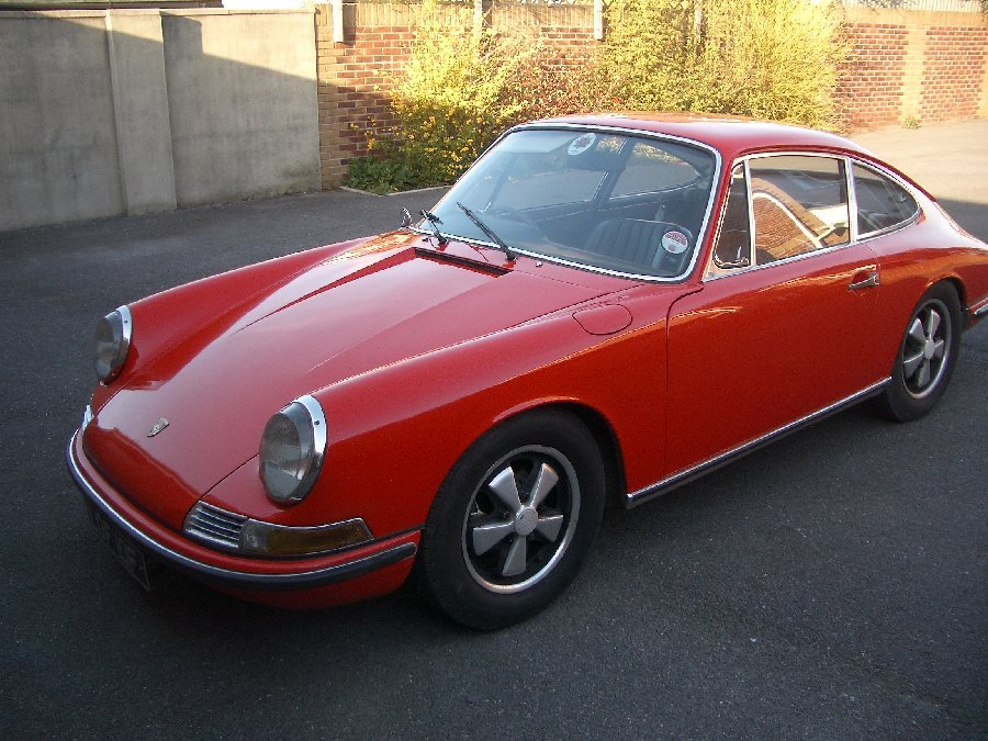 1968 porsche 911 timeless classic sports cars pinterest. Black Bedroom Furniture Sets. Home Design Ideas