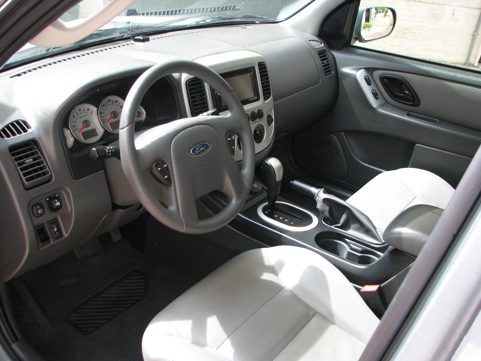 Ford Escape Hybrid Dr Suv Pic