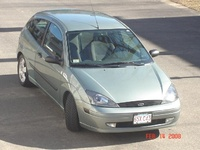 2004 Ford Focus ZX3 picture, exterior