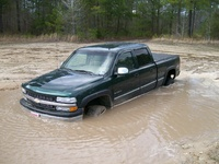 2002 Chevrolet Silverado 1500HD LT Crew Cab Short Bed 4WD picture, exterior