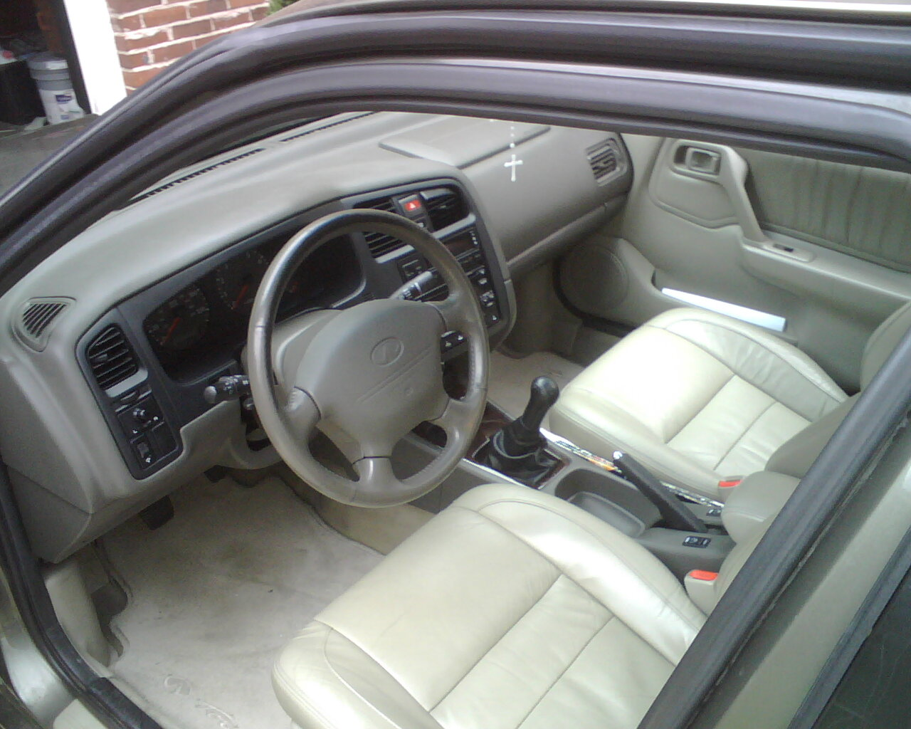 2000 infiniti g20 interior pictures cargurus. Black Bedroom Furniture Sets. Home Design Ideas