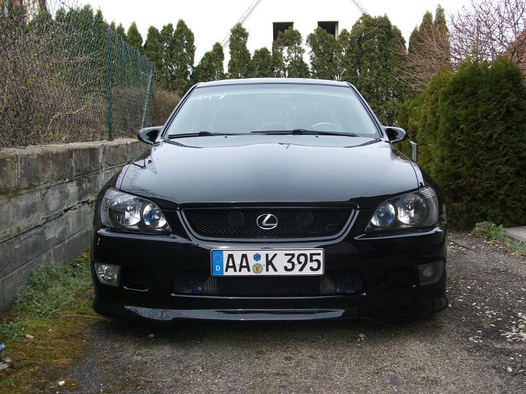 2003_lexus_is_300-pic-63207.jpeg