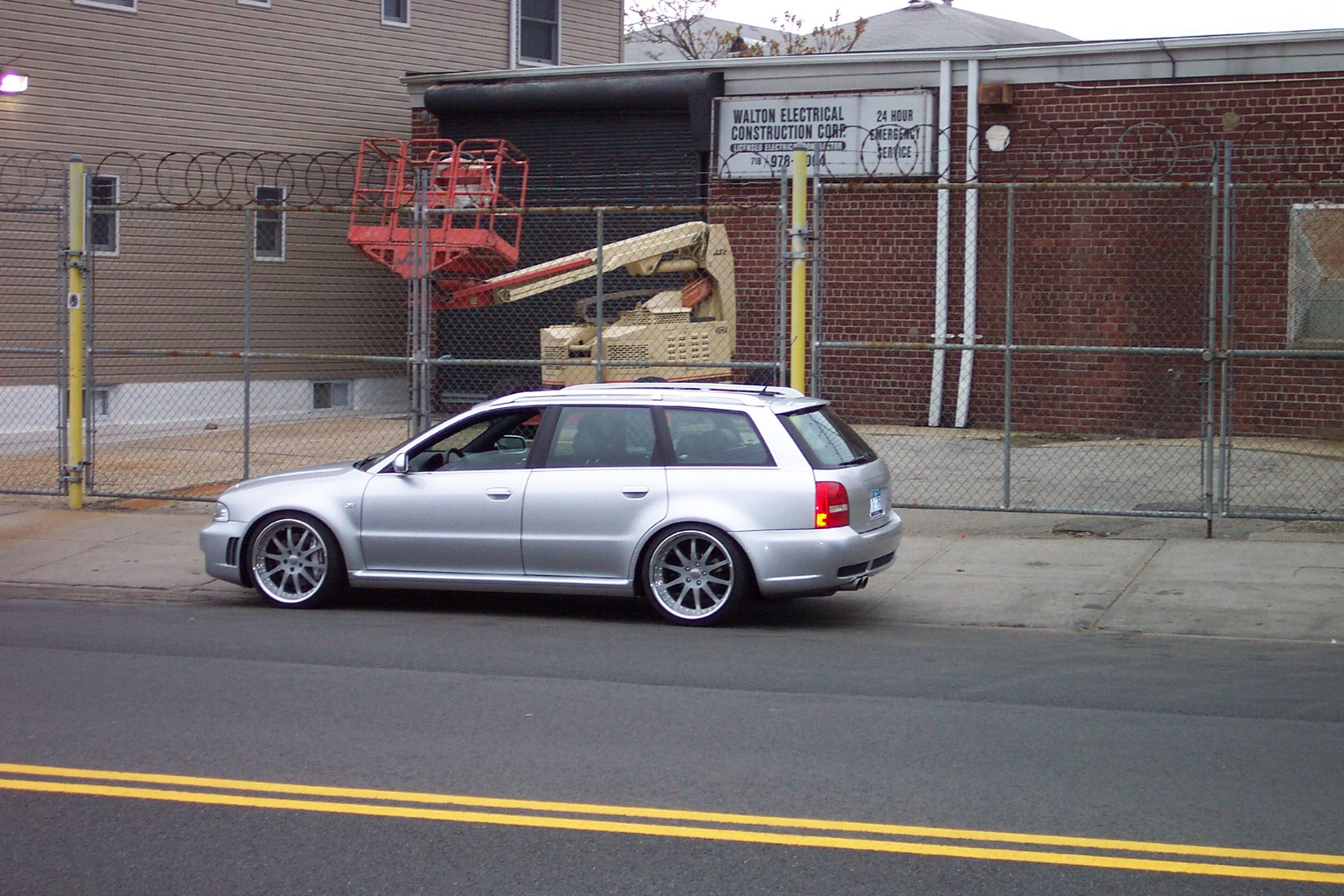 2001 Audi RS 4, 2002 Audi S4 4 Dr Avant quattro Turbo AWD Wagon ...